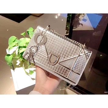 Dior 2019 new patent leather embossed women's chain bag shoulder bag silver