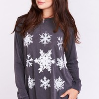 The Ben Top ~ Scatter Snowflake Graphic