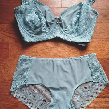 Vintage Inspired Blue Lace Lingerie Set