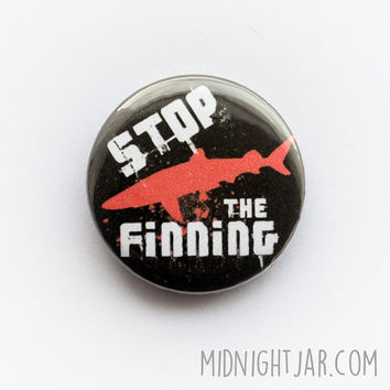 Stop the finning / anti-shark finning button badge (25mm)