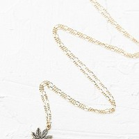 Leaf Necklace in Gold - Urban Outfitters