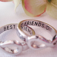 Set of 2 EA Infinity Ring Silver BEST FRIENDS custom engraved ring , forever friends, you and me, to infinity, forever and always, gift ring