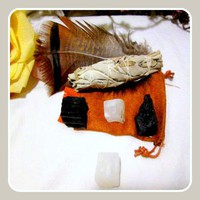 """""""Protection """" Meditation Pouch Travel Set"""