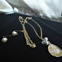 Prom Wedding Vintage Special Occasion Faux Pearls Crystal Gold Tone Pendant Jewelry Set Necklace and Earrings
