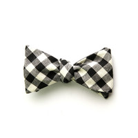 I liked this design on #Fab. Reversible Bow Tie Gingham Black