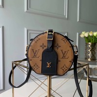 Louis Vuitton LV Women Fashion Leather Crossbody Shoulder Bag.