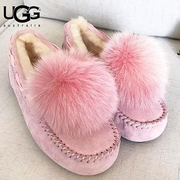 UGG Autumn And Winter Fashion New Keep Warm Fur Puffer Ball Women Lazy Shoes  Pink