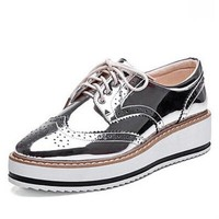 New Womens Winged Oxford Lace Up Striped Platform Metallic Silver Black Fashion Vintag