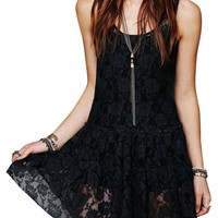 Black Sleeveless Rose Lace Dress