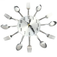 2016 Modern Sliver Cutlery Kitchen Wall Clock Spoon Fork Creative Mirror Wall Stickers Mechanism New Design Home Decor 1382589