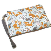 Foxes iPhone wristlet purse with credit card slots. Zippered clutch purse. Everyday wristlet.  Women gift under 30. Vegan fox phone bag.