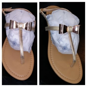 Bow Sandals: Gold