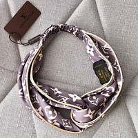 LV Crossing hairband around the edge Headband-1