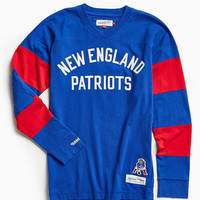 Mitchell & Ness NFL New England Patriots Field Goal Long-Sleeve Tee - Urban Outfitters
