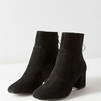 Harlow Suede O-Ring Ankle Boot | Urban Outfitters