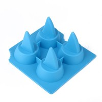 HDE Great White Shark Fin Summer Beach Party Jello Chocolate Ice Cube Drink Tray Mold