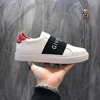 Givenchy Paris Strap Sneakers In Leather Bh0003h017-117