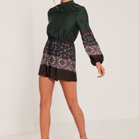 Missguided - Green High Neck Silky Scarf Print Playsuit