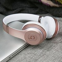 Beats Solo 3 Wireless Magic Sound Bluetooth Wireless Hands Headset MP3 Music Headphone with Microphone Line-in Socket TF Card Slot F-A-GHSY-1