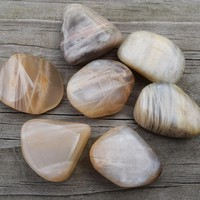 MOONSTONE Gemstone of Lunar Cycles & Goddess Energy, Moon Stone Crystal