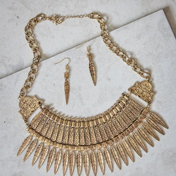 Leaves Falling Statement Necklace and Earring Set in Gold