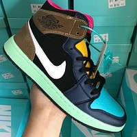 NIKE Air jordan 1 Mid se patent aj1 color stitching casual shoes Coffee&Black