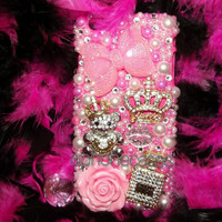Design: Juicy Couture Pink and Gold Bling Case