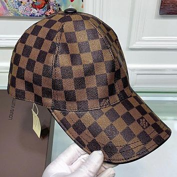 Louis Vuitton LV  Fashion New  Tartan Print Women Men Sun Protection Leisure Cap Hat Coffee