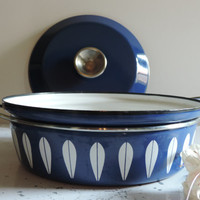 Vintage Catherineholm of Norway Blue Lotus Dutch Oven Mid Century Dutch Oven with Lid
