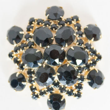 Vintage 50s Brooch / 1950s Black Rhinestone and Gold Tone Starburst Pin