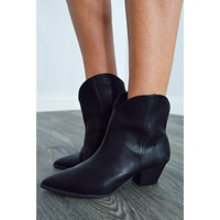 Come & Go Booties: Black