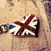 Brit Heart Necklace Union Jack Impression with T-bar Lock