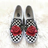 Vans Classics Old Skool Rose Embroidery Black Sneaker-3