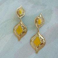 Egyptian Revival Style Lightweight Dangle Earrings Clip Ons Yellow Vintage