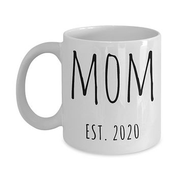 New Mom Est 2020 Mug Expecting Mom Baby Shower Gifts for New Parents Mother's Day Mugs