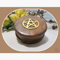 Wood Pentagram Herb Mincer