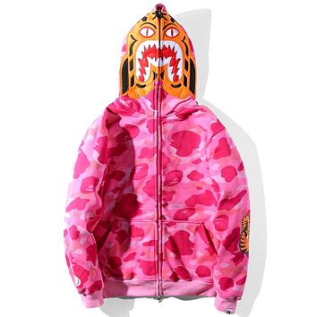 BAPE autumn and winter models tide brand classic tiger head embroidery plus velvet camouflage hooded sweater Rose red