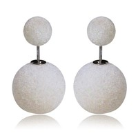 Gum Tee Mise en Style Tribal Earrings - Velvet Pearl White