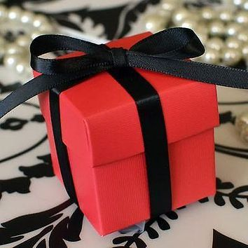 10 Berry Red Favor Box with Lid Wedding Baby Shower Container Birthday Party Decoration