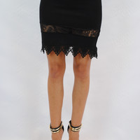 (ang) Lace and crochet stiletto black pencil skirt