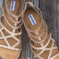 SZ 9.5 NOT RATED Bronze Gladiator Sandals