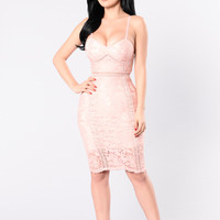 Baby Don't Lie Dress - Mauve