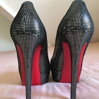 Christian Louboutin in banana suede size 39.5/8.5 gently used