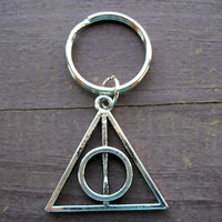 Harry Potter and the deathly Hallows inspired silver keychain