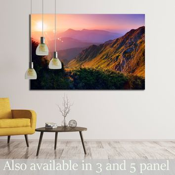 Beautiful summer landscape in the mountains with the sun at dawn  №2682