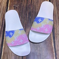 LV Louis Vuitton Gradient Color Letter Print Mens and Womens Casual Sandals Beach Slippers Shoes-3