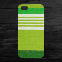 Green Fabric Minimalistic iPhone 4 and 5 Case