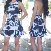 Autumn Sarafan Party Dresses Fashion Black White Print Backless Halter Dress