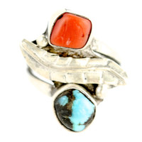Vintage Southwestern Navajo Style Sterling SIlver & Bright Blue Turquoise Ring
