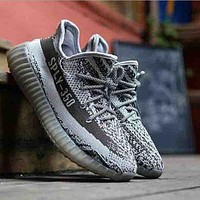 Gray Running Outdoor Yeezy Boost Sneakers Breathable Athletic Sports Shoes